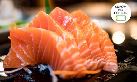 Rodízio + petit gâteau no almoço ou jantar para 1 ou 2 pessoas no Hino Sushi   Osasco